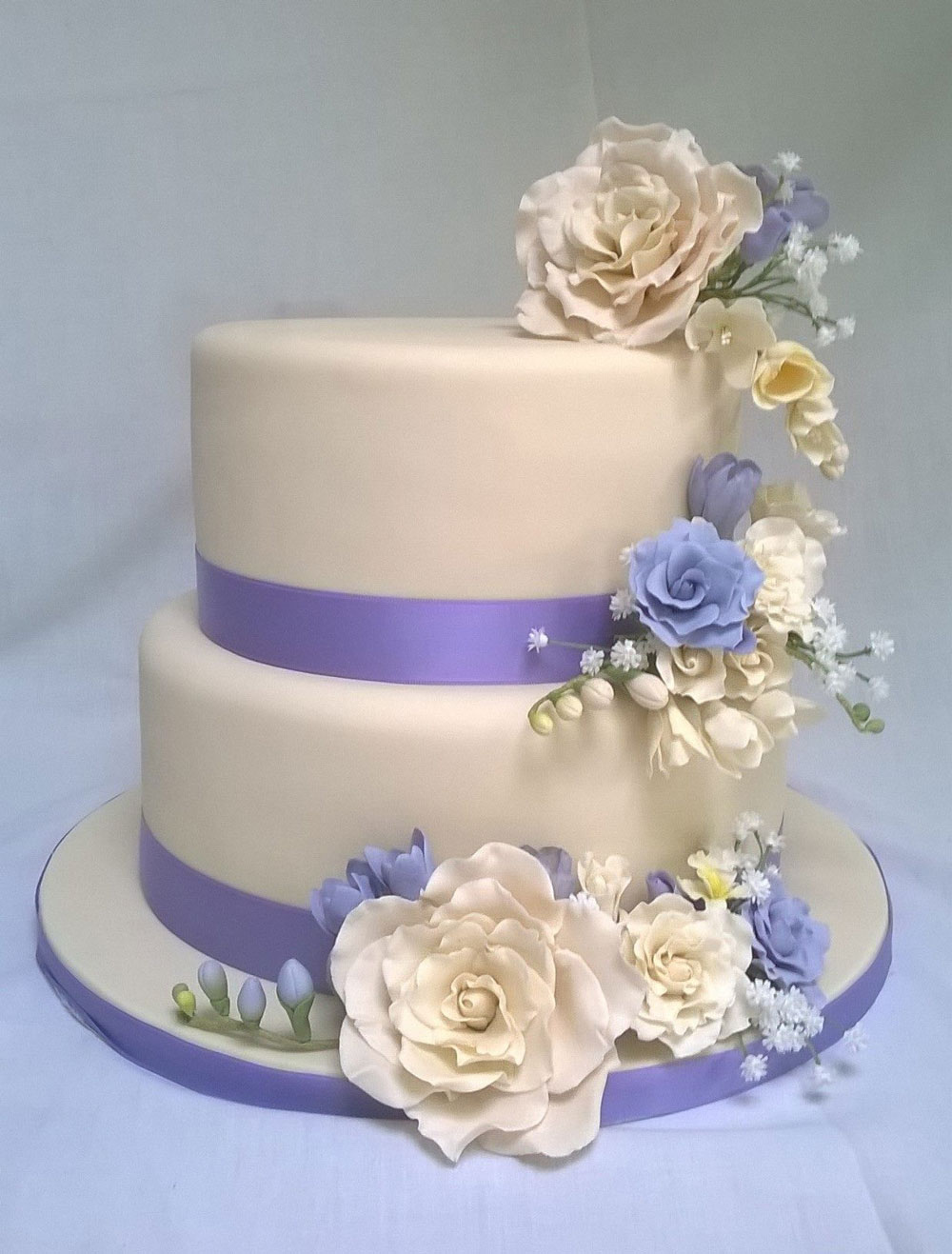 Stunning Custom Made Wedding Cake