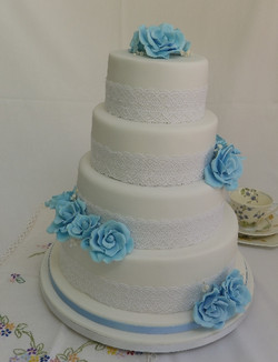 Cake Design to Match Wedding Colours