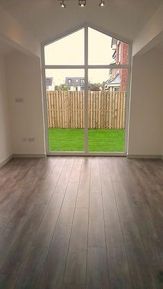Laminate fitting,laminate fitter,flooring,flooring fitter