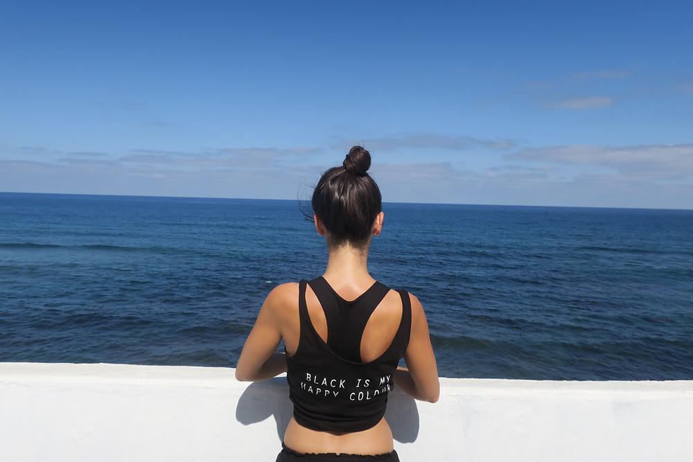 Ausblick aufs Meer auf einer Veranda auf Gran Canaria