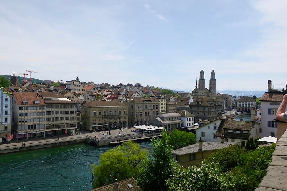Blick vom Lindenplatz Zürich