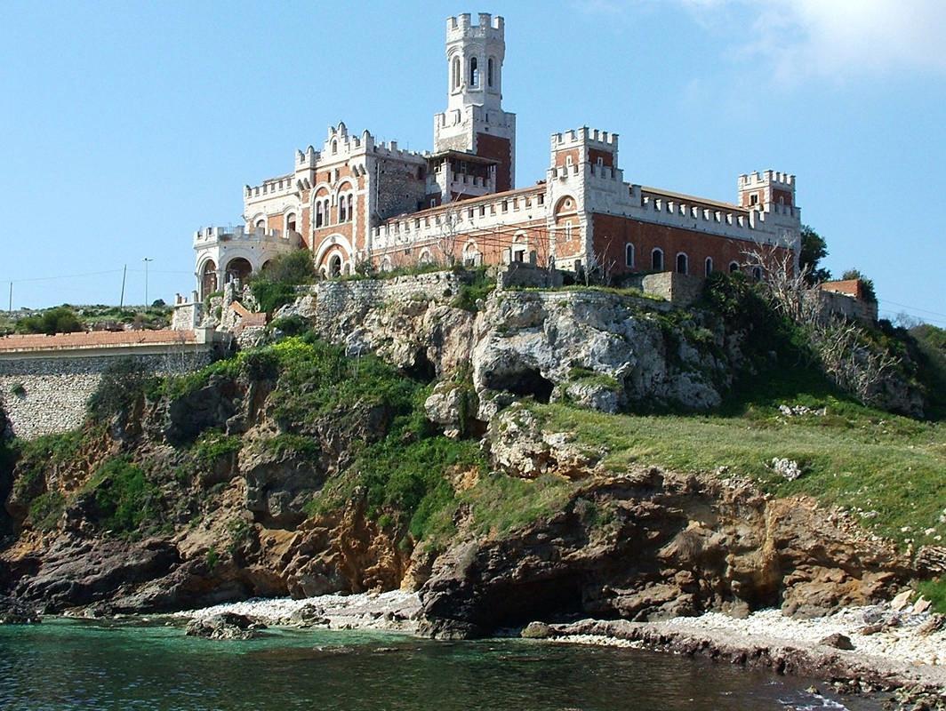 portopalo castello Tafuri