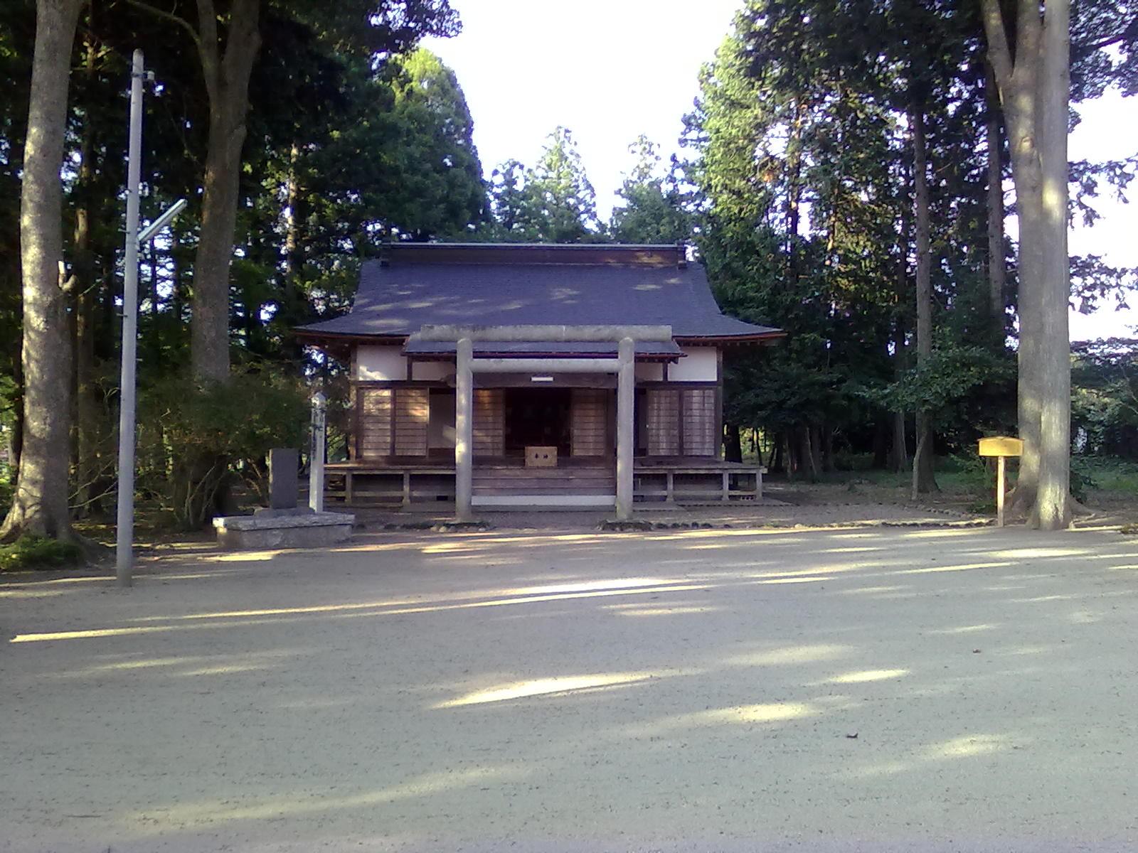 Aikido's shrine Iwama 2012.jpg