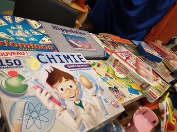 Une bourse aux jouets et aux livres pour notre École