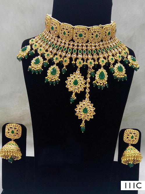 111C Green Bridal Wear Necklace Set With Maang Tika