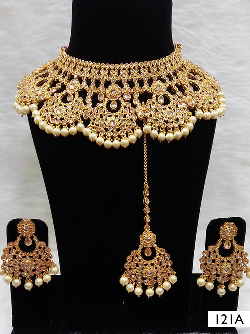 121A Golden Bridal Wear Necklace Set With Maang Tika