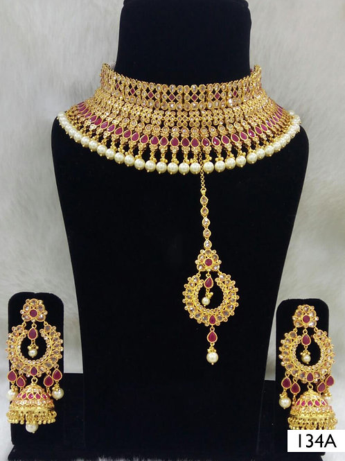 134A Maroon Bridal Wear Necklace Set With Maang Tika