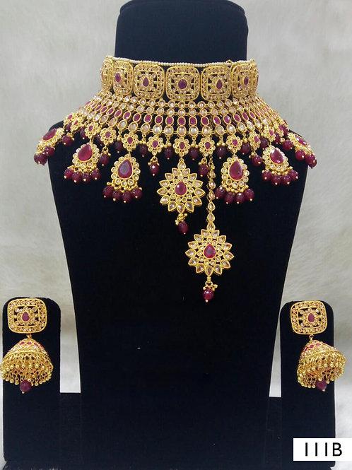 111B Maroon Bridal Wear Necklace Set With Maang Tika