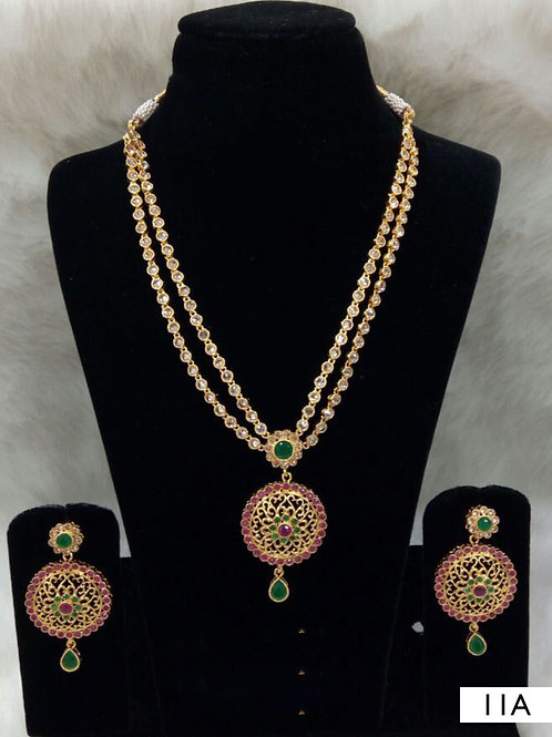 11A White and Green Diamond Work Necklace Set with Maang Tika