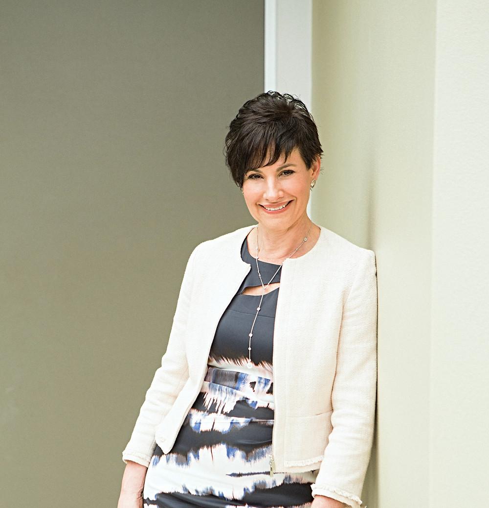 Dr Elizabeth Sigston Leader Profile