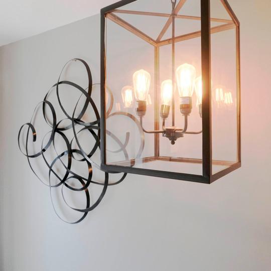 Saddlers B&B Lamp sculpture.jpg