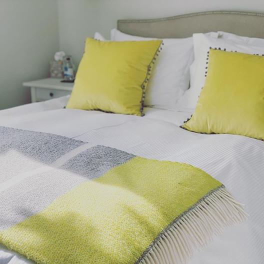 Sunny bedroom - Brooklands Room @saddler