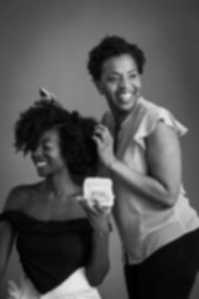 experte des cheveux bouclés, et influenceuse