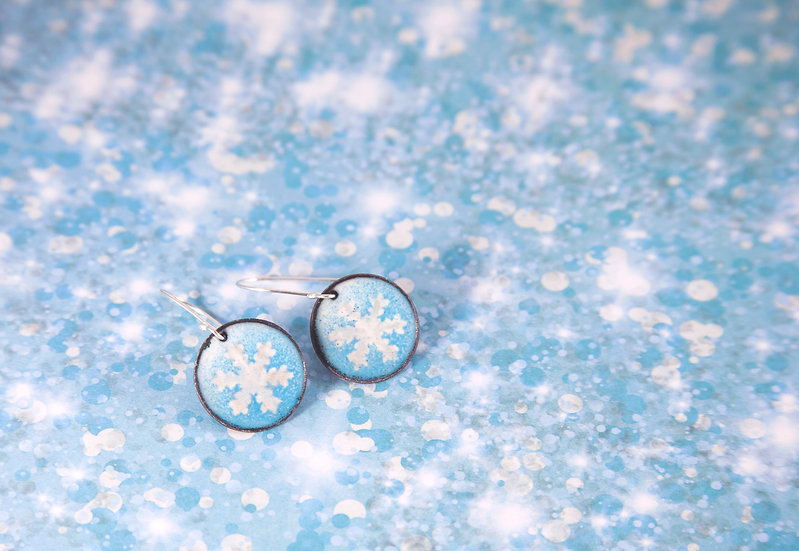 Light blue and white snowflakes
