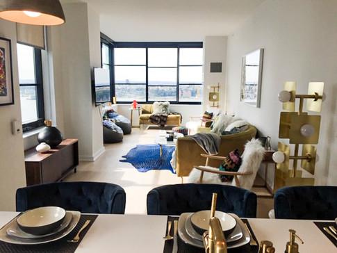 Bright Penthouse Views