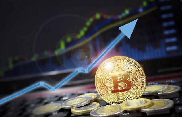 Bitcoin value rises to $12,000. Next target $15,000?