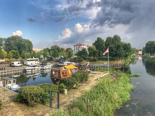 D - Oranienburg: Reisemobil SP am Schlosshafen