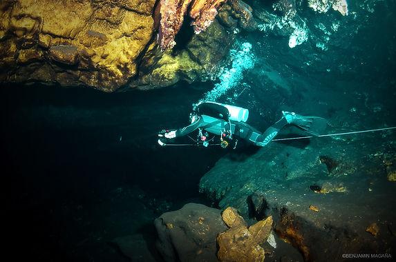 Cenoteando_SLide01.jpg