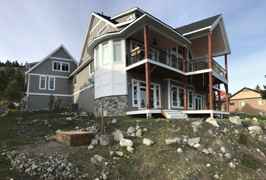 Lake House-119.jpg