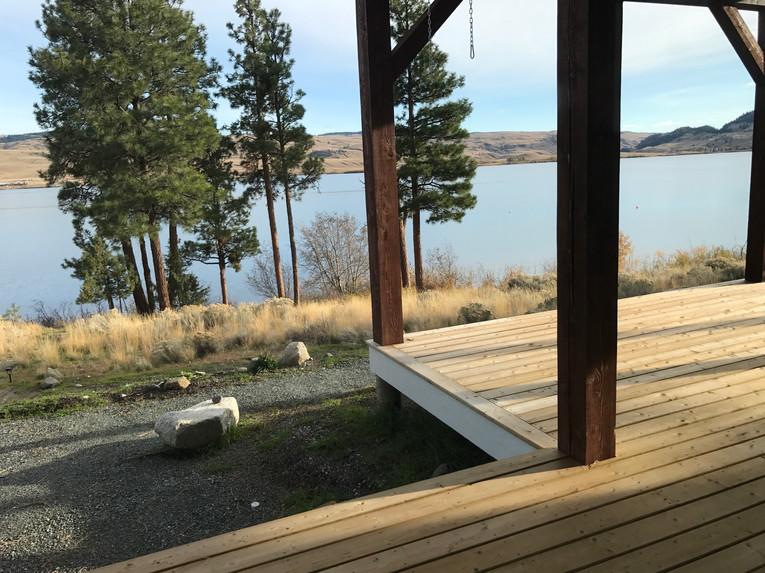 Lake House-113.jpg