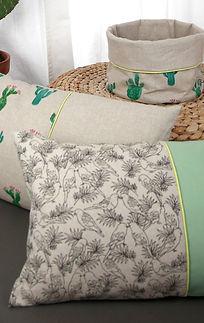 Fides handcrafted goods| Kissen 50cm x 50cm mit Hotelverschluss Innenkissen: 100% Federn