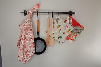 Fides handcrafted goods| Topflappen mit vernickelter Öse
