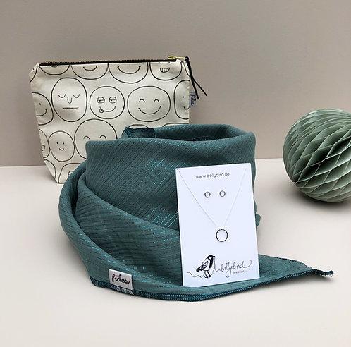 Geschenkset – Schmuckset, Halstuch & MakeUp Tasche
