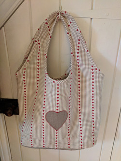 Linen tote bag with heart