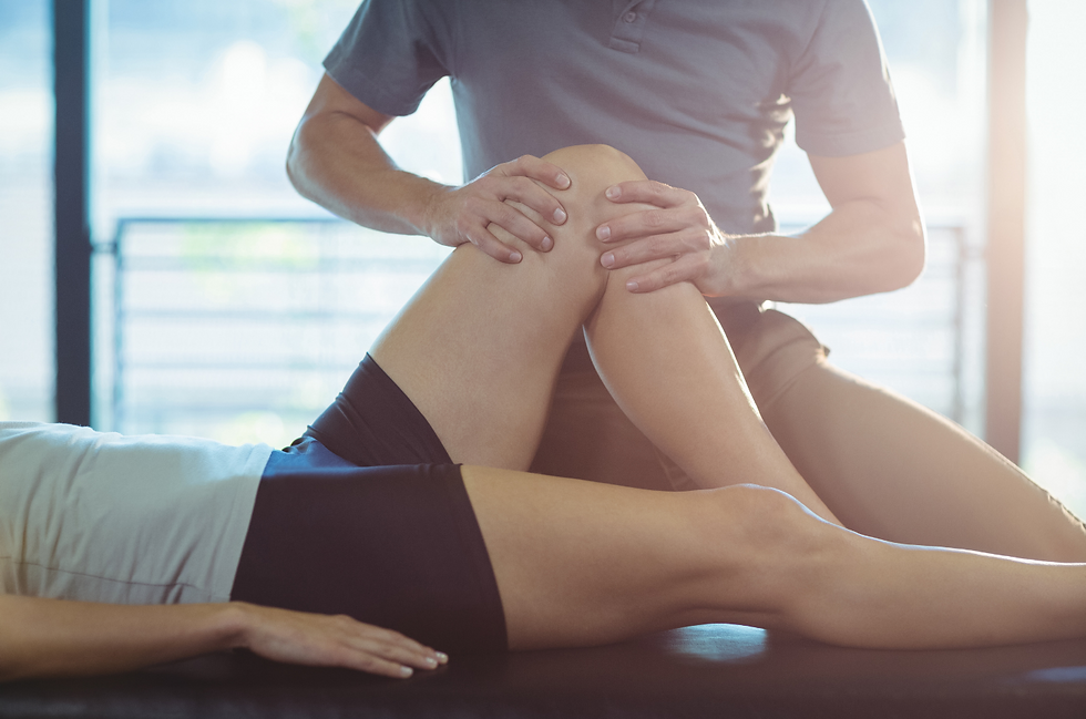 Treating Knee Pain by a Toronto Physiotherapist