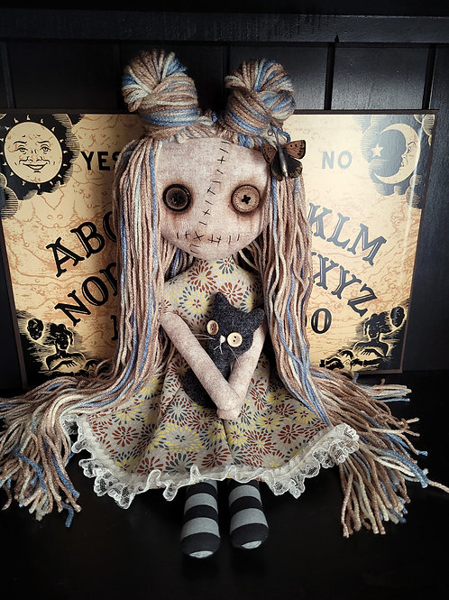 "18"" Handmade Grungy Doll with Cat (Gray Cat)"