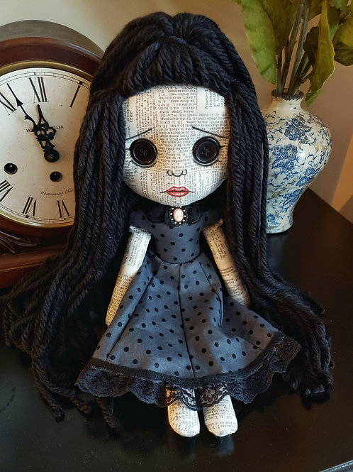"16"" Doll ""Dalia"""