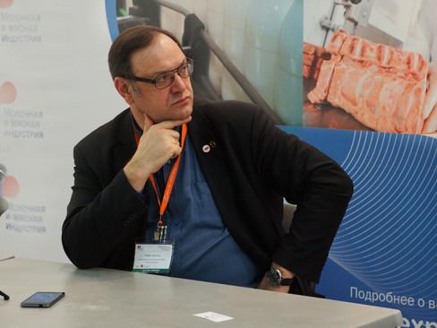 Роман Костюк: В России имеется огромный дефицит маточного поголовья скота