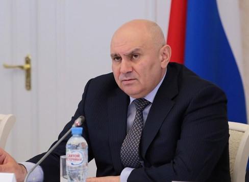 Джамбулат Хатуов поручил ускорить заключение договоров с аграриями на получение льготных кредитов
