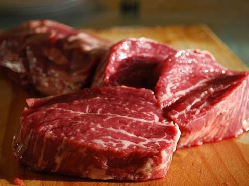 После январского снижения в России возобновился рост цен на говядину