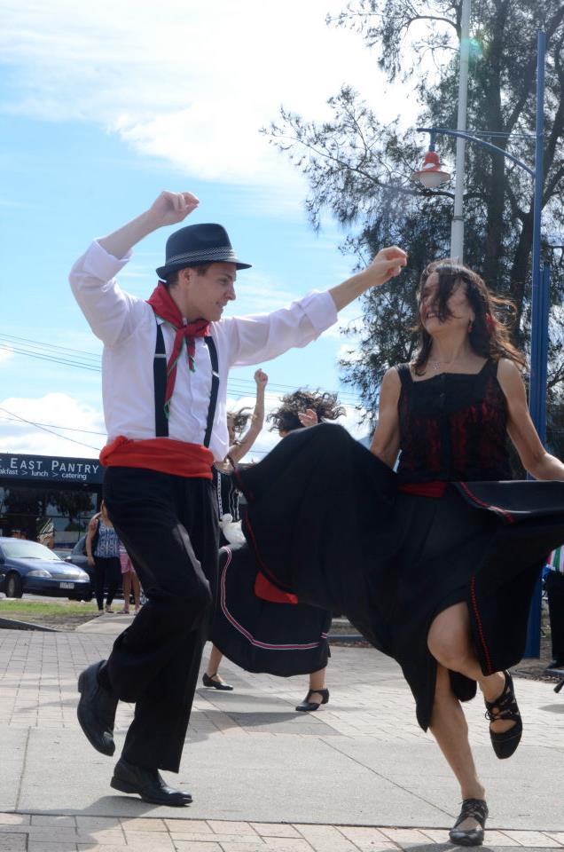 tarantella dance company-pizzica