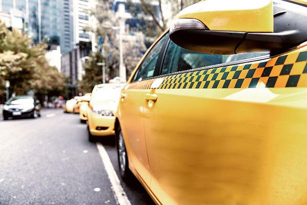 Taxi auf der Straße