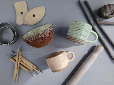 Coiling a bowl, mug, plate