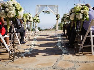 Put Down Those DIY Items and Back Away Slowly | Atlanta Wedding Designer