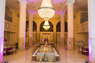 Glam purple and gold wedding at 200 Peachtree Atlanta, GA Fotos by Fola