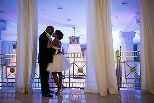 Bride and groom 200 Peachtree wedding atlanta Fotos by Fola