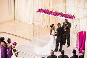 Acrylic chuppah purple wedding at 200 Peachtree Fotos by Fola