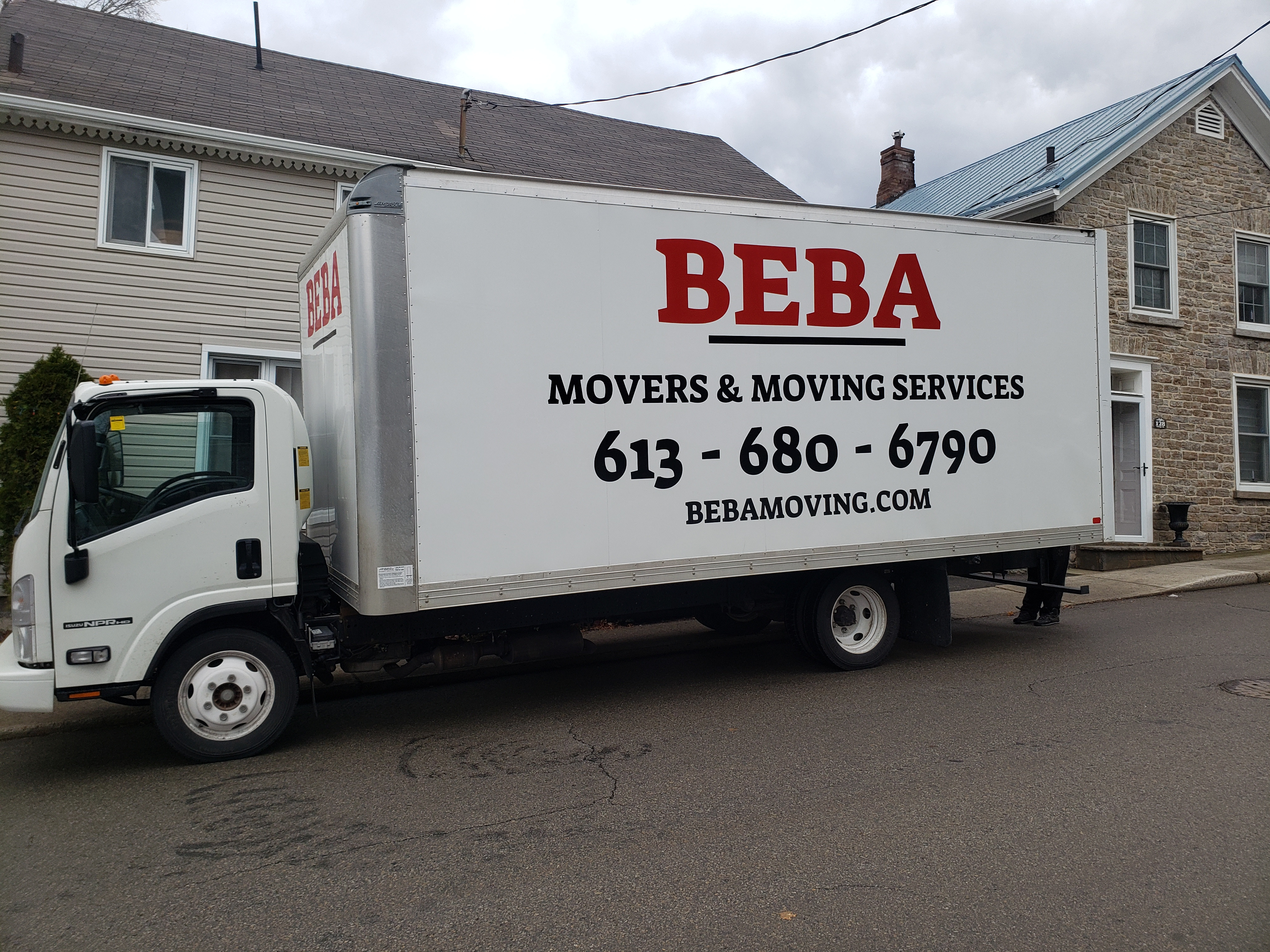 2 Movers with a truck