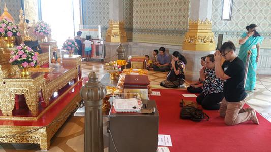 O interior do Wat Traimit / Templo do Buda de Ouro