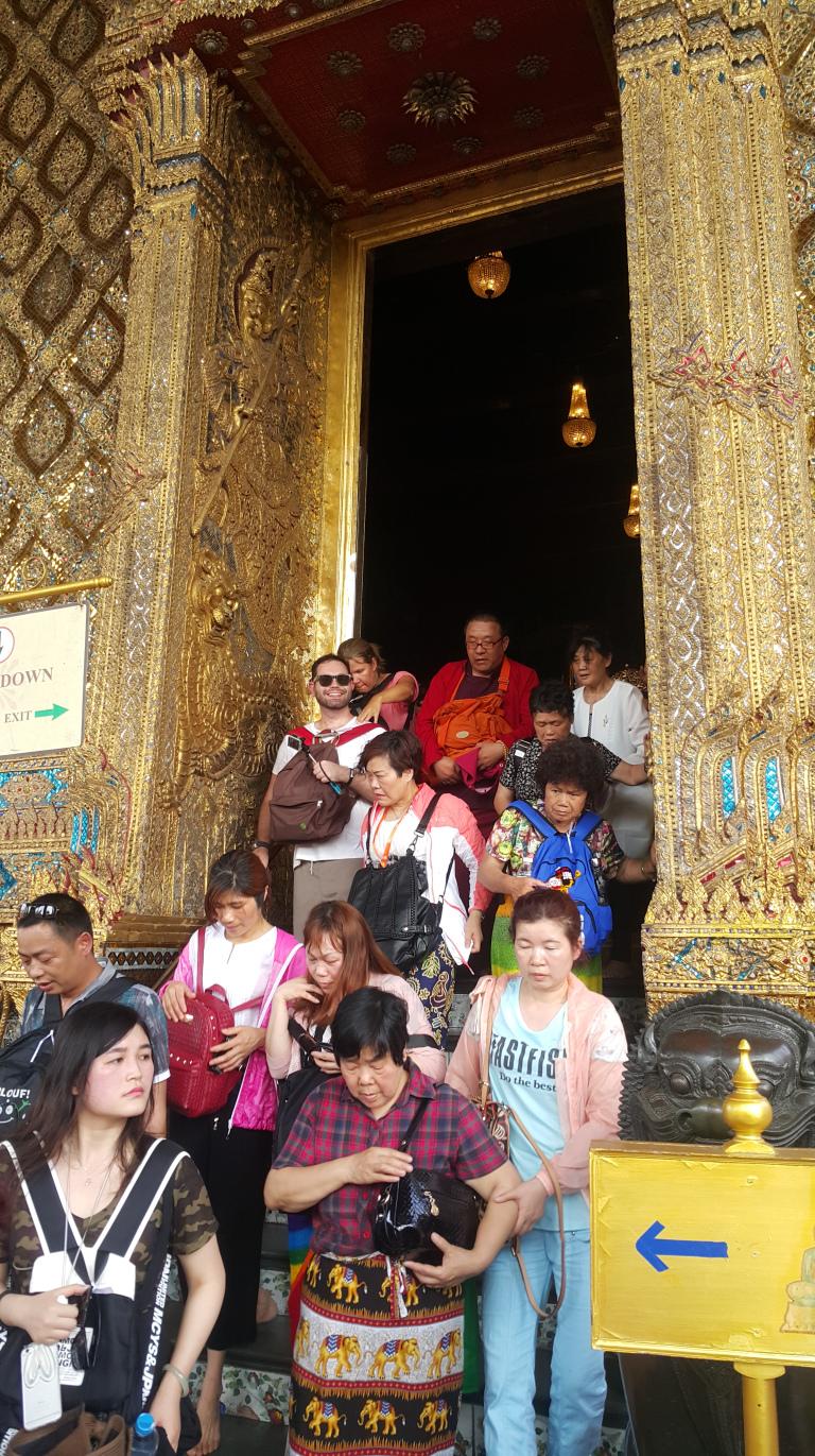 Olha a quantidade de turistas japoneses, chineses e coreanos…