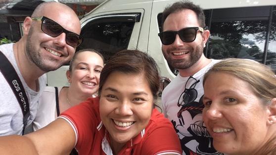 Despedindo da nossa adorável guia Hola Sonia em Bangkok