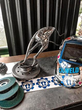 Australian Pride Kangaroo Barefooted Welder Metal Art Sculpture Australia