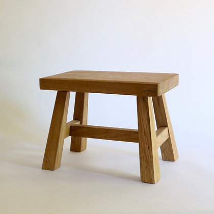 'Nadia' Display Stool in Reclaimed Oak