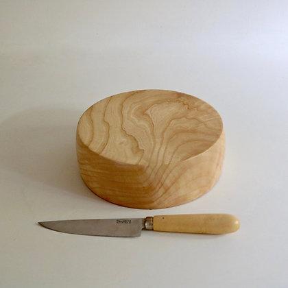 Round Board in Ash