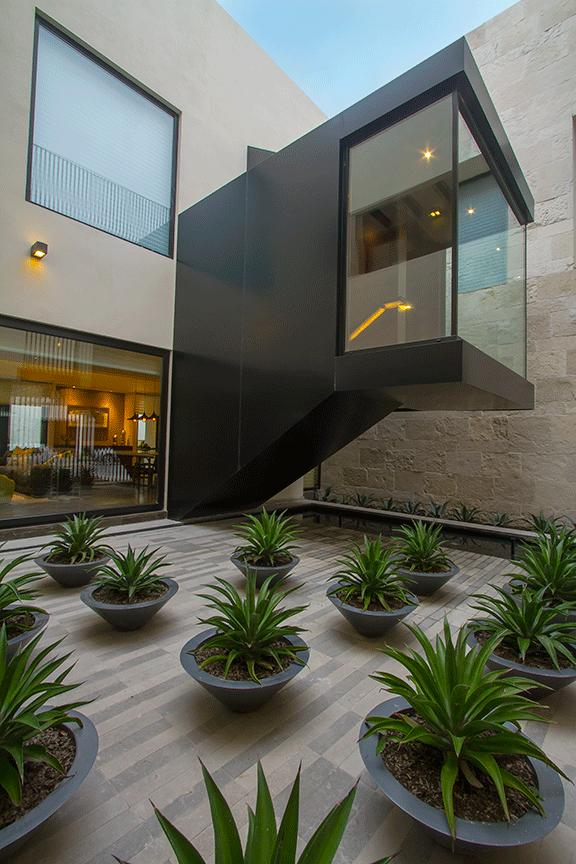 patio-interior-1.png