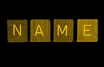 Creación de naming en el servicio de diseño de SC Comunicació, Andorra. El naming es el primer paso para dotar de significado a una marca, empresa o producto. Analizamos las especificidades de cada cliente y creamos un nombre corporativo que lo represente al 100%.